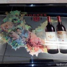 Carteles: ANTIGUO ESPEJO PUBLICITARIO BODEGAS TORRES, 42 X 53.. Lote 232316400