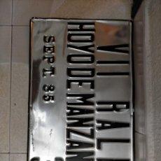 Carteles: CHAPAS CARTEL RALLY HOYO DE MANZANARES.. Lote 232924740