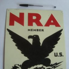 Carteles: PLACA CHAPA NRA US MEMBER WE DO OUR PART (NATIONAL RECOVERY ADMINISTRATION). NEW DEAL METAL SIGN. Lote 244245370