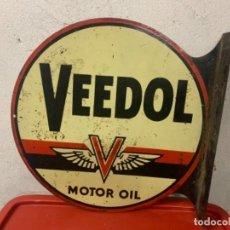 Carteles: VEEDOL MOTOR OIL CARTEL PUBLICITARIO METAL A DOS CARAS. Lote 246917480