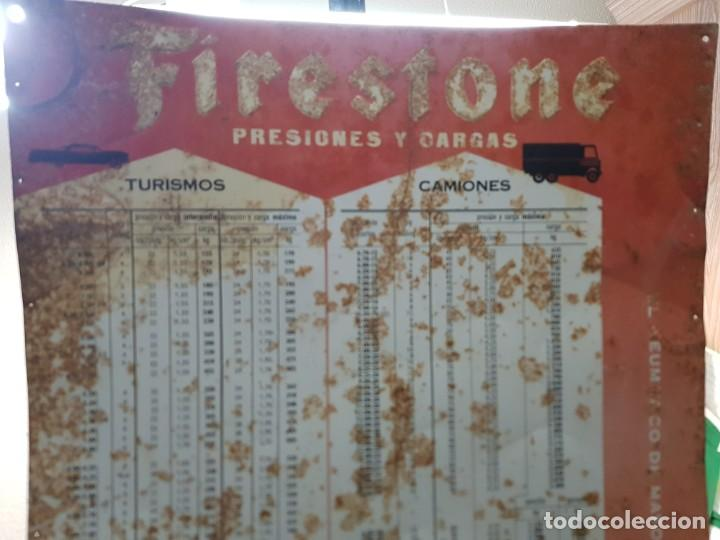 Carteles: Cartel Chapa Firestone -Presiones y Cargas Turismos, Camiones y Motos totalmente original de época - Foto 2 - 249199915