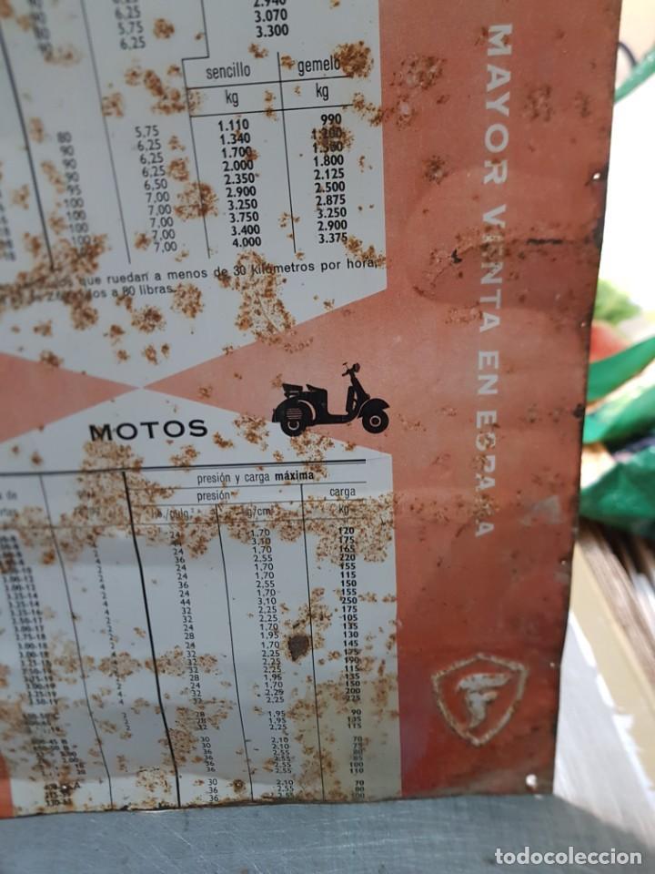 Carteles: Cartel Chapa Firestone -Presiones y Cargas Turismos, Camiones y Motos totalmente original de época - Foto 8 - 249199915