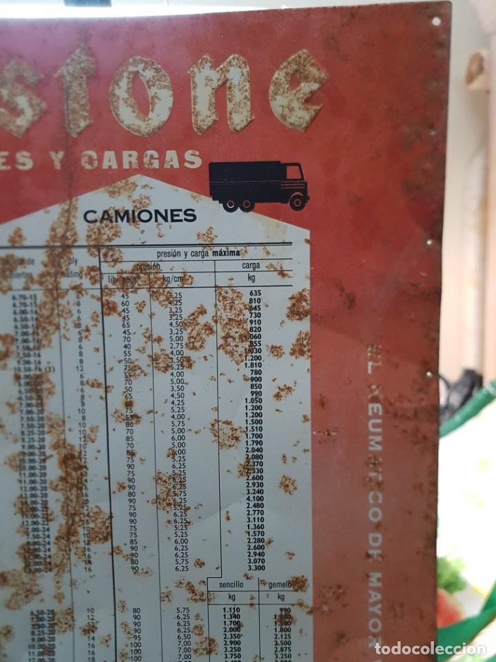 Carteles: Cartel Chapa Firestone -Presiones y Cargas Turismos, Camiones y Motos totalmente original de época - Foto 10 - 249199915