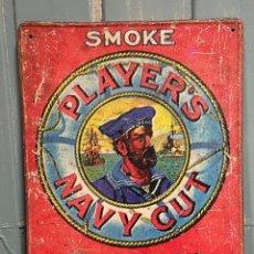 Carteles: CARTEL PUBLICITARIO DE CHAPA SMOKE PLAYER'S NAVY CUT TOBACCO AND CIGARETTES. Lote 255949560