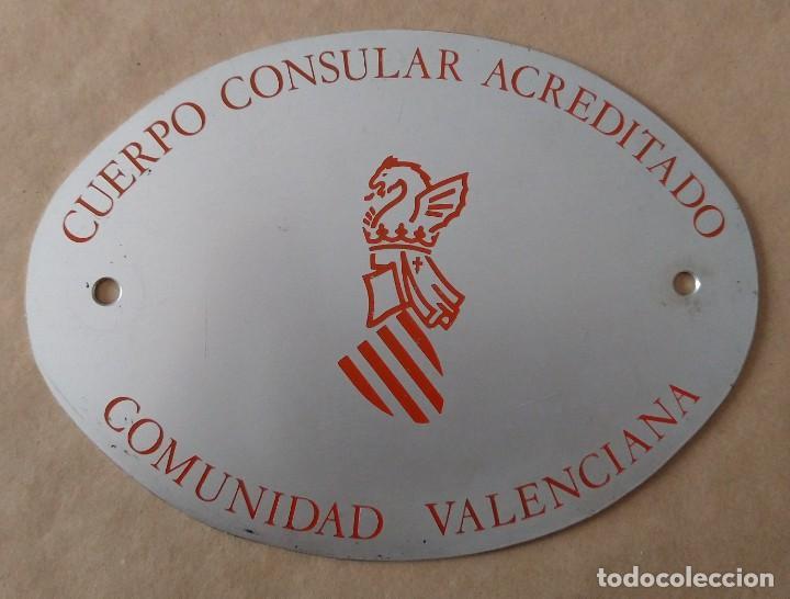 ÚNICA TC PLACA METAL AUTOMÓVIL COCHE. CUERPO CONSULAR ACREDITADO, COMUNIDAD VALENCIANA (Coleccionismo - Carteles y Chapas Esmaltadas y Litografiadas)