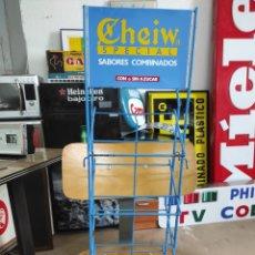 Carteles: EXPOSITOR DE CHICLES CHEIW ESPECIAL AÑOS 80. Lote 267092299