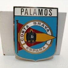 Carteles: PLACA METAL LATON ESMALTADO, AÑOS 60, PARA COCHES, PALAMOS, (7,5X6). Lote 267627804