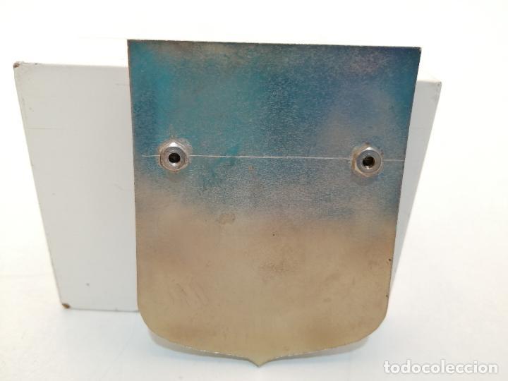 Carteles: PLACA METAL LATON ESMALTADO, AÑOS 60, PARA COCHES, PLAYA DE ARO, (7,5X6) - Foto 2 - 267630849
