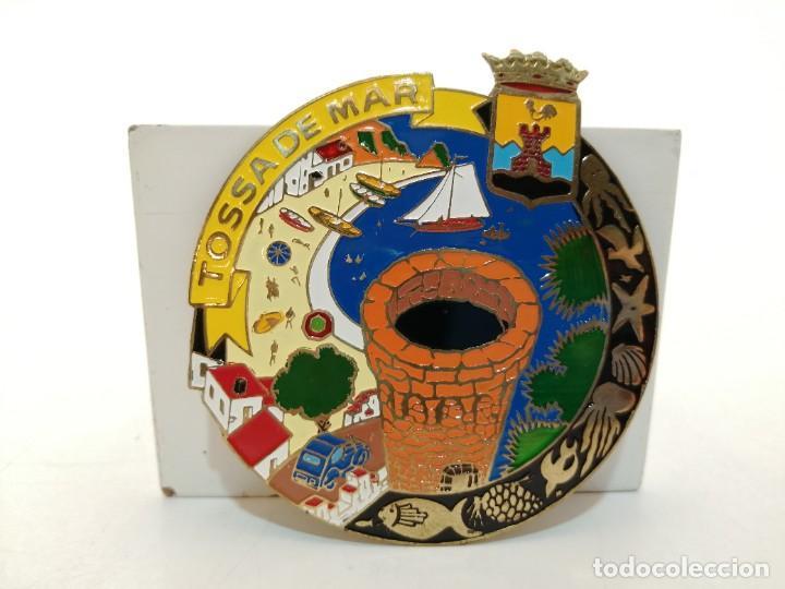 PLACA METAL LATON ESMALTADO, AÑOS 60, PARA COCHES, TOSSA DE MAR, (9X8) (Coleccionismo - Carteles y Chapas Esmaltadas y Litografiadas)