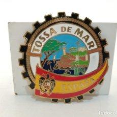 Carteles: PLACA METAL LATON ESMALTADO, AÑOS 60, PARA COCHES, TOSSA DE MAR, (8 CM DIAMETRO). Lote 267631479