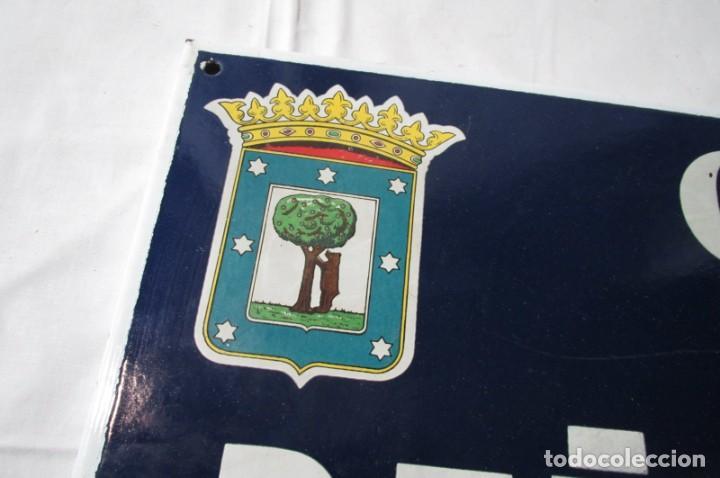 Carteles: Chapa original de la calle de Madrid Peña Sirio - Foto 7 - 276740098