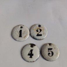 Carteles: 4 CHAPAS ANTIGUAS NUMERADAS HIERRO ESMALTADO 1, 2, 4, Y 5. Lote 277508603