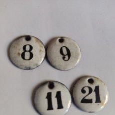 Carteles: 4 CHAPAS ANTIGUAS NUMERADAS HIERRO ESMALTADO 8, 9, 11 Y 21. Lote 277509078