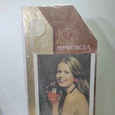 Carteles: CARTEL PUBLICITARIO JOYA MYRURGIA. PERFUMES. SIN USO. Lote 282473793