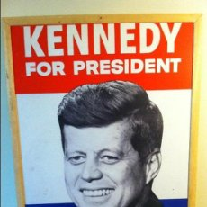 Carteles Políticos: 1960 JOHN F. KENNEDY EEUU PRESIDENT CAMPAIGN CARDBOARD SIGN. ORIGINAL / CARTEL ORIGINAL JFK POLÍTICA. Lote 68291649