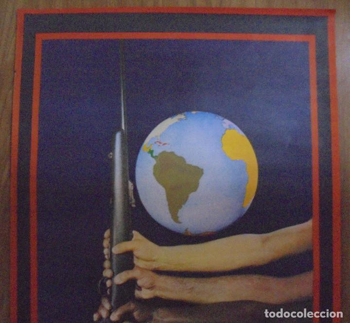 Carteles Políticos: CARTEL. OSPAAAL. AÑOS 60. 15 AÑOS DE SOLIDARIDAD TRICONTINENTAL. 68 X 45CM - Foto 2 - 98821475