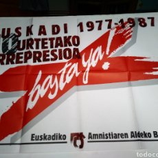 Carteles Políticos: CARTEL POLITICO VASCO. BASTA YA. AMNISTIA 1987.. Lote 158718269