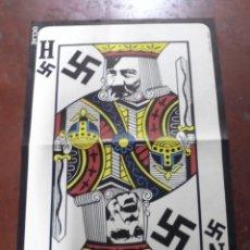 Carteles Políticos: CARTEL POLITICO. REY DE ESPADAS. NIXON - HITLER. DISEÑO LUIS ALVAREZ. OCLAE. 61 X 43 CM. Lote 177375945