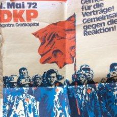 Carteles Políticos: 1 DE MAYO 1972 CARTEL POLÍTICO ,PARTIDO COMUNISTA ALEMÁN ,RARO 84X59CM. Lote 177830225