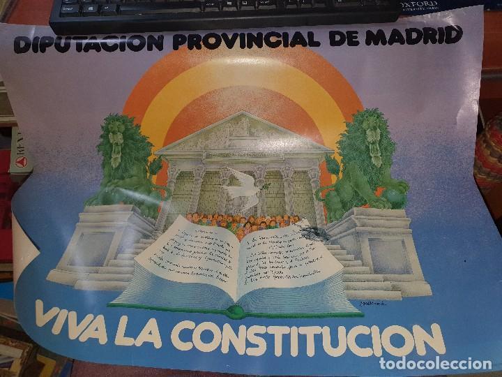 VIVA LA CONSTITUCION, CARTEL CON ILUSTRACION DE JOSE RAMON, DIPUTACION PROVINCIAL DE MADRID (Coleccionismo - Carteles gran Formato - Carteles Políticos)