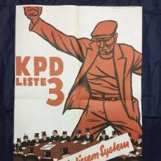 Carteles Políticos: SCHLUSS MIT DIESEM SYSTEM. DE LA CARPETA PLAKATKUNST IM KLASSENKAMPF, 1974. Lote 227960460