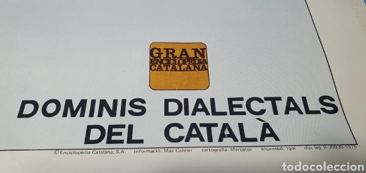 Carteles Políticos: CARTEL - DOMINIS DIALECTALS DEL CATALÀ - ENCICLOPEDIA CATALANA 1975 - Foto 6 - 253642715