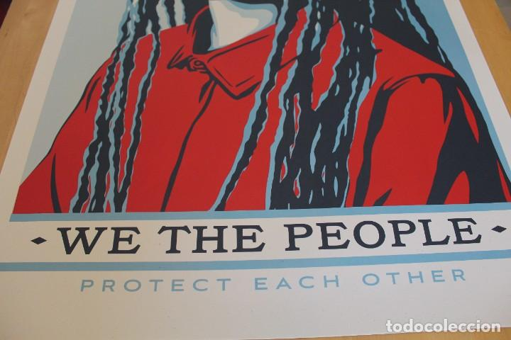 Carteles Políticos: Litografía Offset de Obey - We the People Protect Each Other - Tamaño gigante - 61 x 91 cm - Foto 5 - 272739378