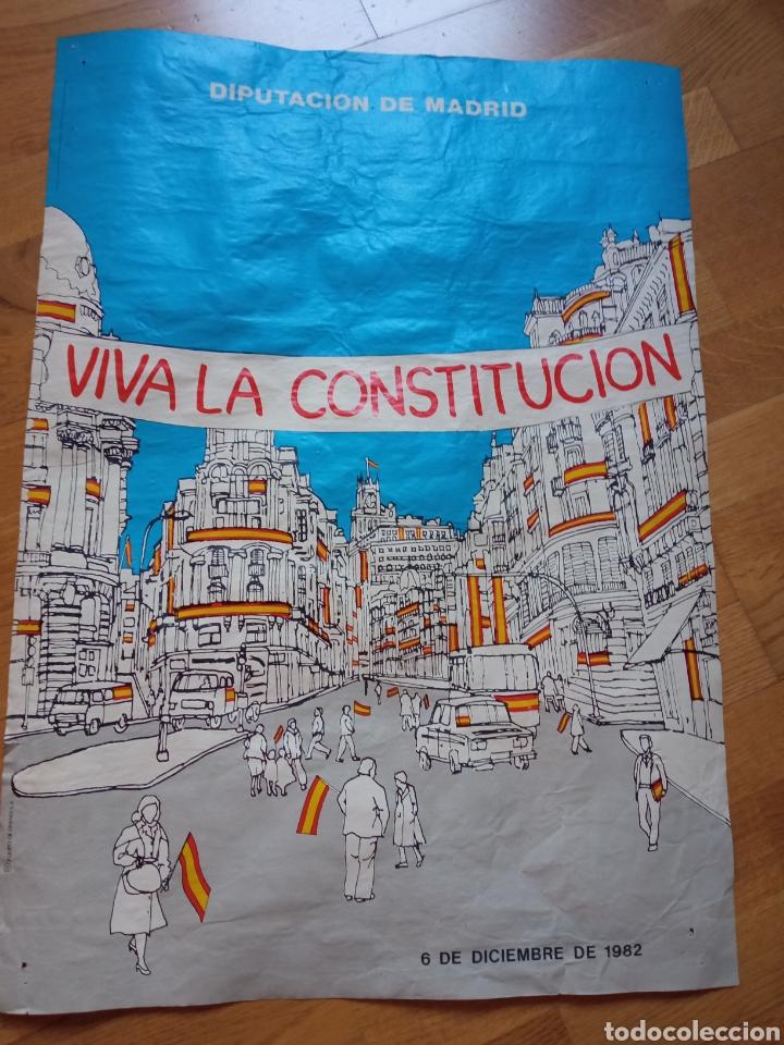 CARTEL/PÓSTER POLÍTICO VIVA LA CONSTITUCIÓN, DIPUTACIÓN DE MADRID, 6 DE DICIEMBRE DE 1982 (Coleccionismo - Carteles gran Formato - Carteles Políticos)
