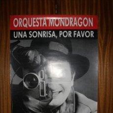 Carteles Publicitarios: ORQUESTA MONDRAGÓN - UNA SONRISA, POR FAVOR - EMI - 69 X 49 CMS. Lote 26163166
