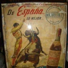 Carteles Publicitarios: CARTEL PUBLICITARIO LITOGRÁFICO DE BRANDY ANTIQUARY,J.REUS,EL DE LA FOTO,AÑOS 50,50 X 70, SIN MARCO. Lote 32164370