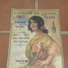 Carteles Publicitarios: ANTIGUO CARTEL DE PUBLICIDAD DE CARTON, LICOR ENRIC LLADO, ARENYS DE MUNT. ORIGINAL DE EPOCA.. Lote 39827854