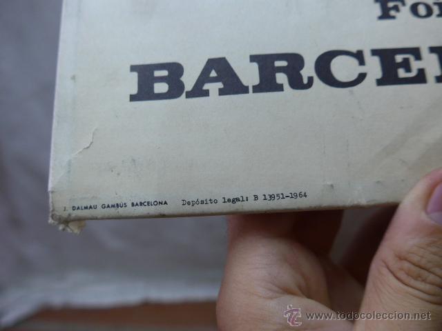 Carteles Publicitarios: Cartel expositor de feria de muestras de Barcelona, 1964, en portugues - Foto 2 - 44554699