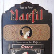 Carteles Publicitarios: CARTEL DE PUBLICIDAD, PAPEL DE FUMAR MARFIL , CON CALENDARIO , CARTON , ORIGINAL. Lote 47430083