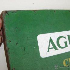 Carteles Publicitarios: ALUCINANTE CARTEL ANTIGUO ORIGINAL CERVEZAS EL AGUILA IMPERIAL ESPECIAL EN MADERA . Lote 48222777