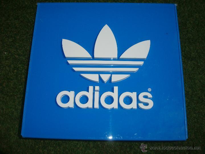terciopelo Contaminar Venta ambulante  Adidas antiguo logo cartel publicidad 56x53 c - Sold through Direct Sale -  51222017