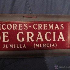 Carteles Publicitarios: ANTIGUO CARTEL EN CARTÓN TROQUELADO, LICORES - CREMAS DE GRACIA, JUMILLA, ,MURCIA. Lote 52443366