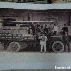 Affissi Pubblicitari: CARTEL PUBLICITARIO CERVEZAS LA CRUZ DEL CAMPO,SEVILLA. REPARTIDOR. 69X50CM. CARTELPUBLI-011,5. Lote 69363013