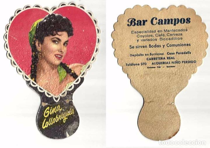 PAY PAY DE CARTON 2 GINA LOLLOBRIGUIDA Y GREGORY PECK PUBLICIDAD BARCELONA (Coleccionismo - Carteles Gran Formato - Carteles Publicitarios)