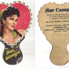Carteles Publicitarios: PAY PAY DE CARTON 2 GINA LOLLOBRIGUIDA Y GREGORY PECK PUBLICIDAD BARCELONA. Lote 98588447