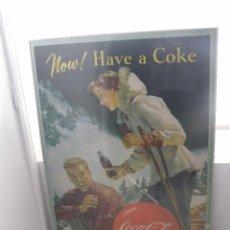 Carteles Publicitarios: EXCEPCIONAL CARTEL COCA-COLA ORIGINAL DE 1950S (NOW! HAVE A COKE). USA. Lote 112025399