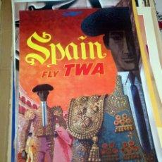 Carteles Publicitarios: SPAIN FLY TWA, MATADOR DIBUJO LITOGRAFIADO DE DAVID KLEIN AÑOS 1960 TOROS TOREROS BULLFIGHTING BULLS. Lote 150092646