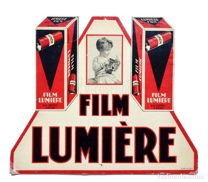 DISPLAY PUBLICIDAD DE PELÍCULA FOTOGRÁFICA FILM LUMIÉRE AÑOS 30 - 40 (Coleccionismo - Carteles Gran Formato - Carteles Publicitarios)
