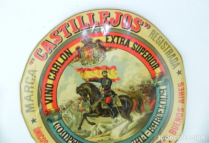 Carteles Publicitarios: ETIQUETA VINO CARLON, EXTRA SUPERIOR - COMPANY, BRUGUES Y GALI, BARCELONA, GENERAL PRIM, MARCA CASTI - Foto 2 - 169155368