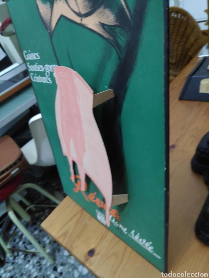 Carteles Publicitarios: Lenceria revea carton cartel originale en relieve 20 x 30 cm aprox pin-up vintage - Foto 2 - 194373073