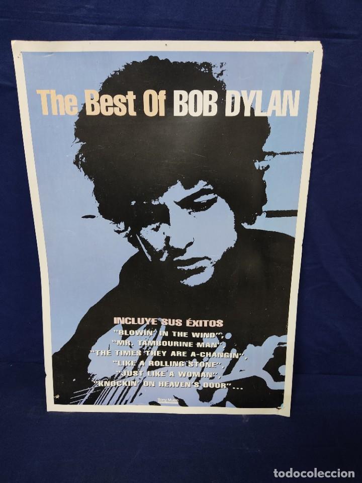 CARTEL A DOS CARAS BEST BOB DYLAN 50 X 70 CM (Coleccionismo - Carteles Gran Formato - Carteles Publicitarios)