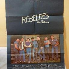 Carteles Publicitarios: CARTEL ORIGINAL PELÍCULA REBELDES (1984) DE FRANCIS FORD COPPOLA 100 X 70 CM BUEN ESTADO. Lote 221738418