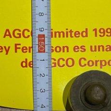 Carteles Publicitarios: CARTEL PLASTIFICADO DE TRACTORES MASSEY FERGUSON. Lote 268768944