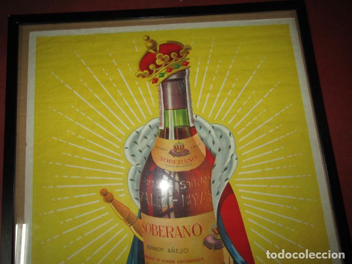 Carteles Publicitarios: Antiguo Cartel Publicitario de Brandy SOBERANO de Gonzáles Byass en Jerez - Foto 3 - 269398183