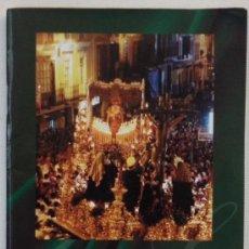 Carteles de Semana Santa: GUIA E ITINERARIOS DE LA SEMANA SANTA DE MALAGA AÑO 2002. Lote 29795936