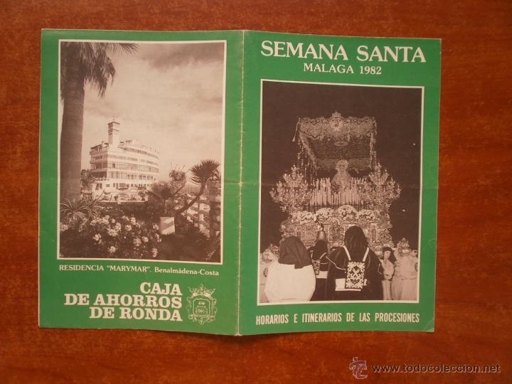 HORARIO E ITINERARIO DE SEMANA SANTA EN MALAGA AÑO 1982 (Coleccionismo - Carteles Gran Formato - Carteles Semana Santa)